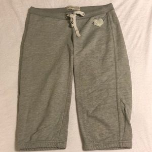Aeropostale Grey Sweatpants - 3/4 Half Calf Capri